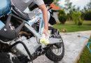 tvätta motorcykel